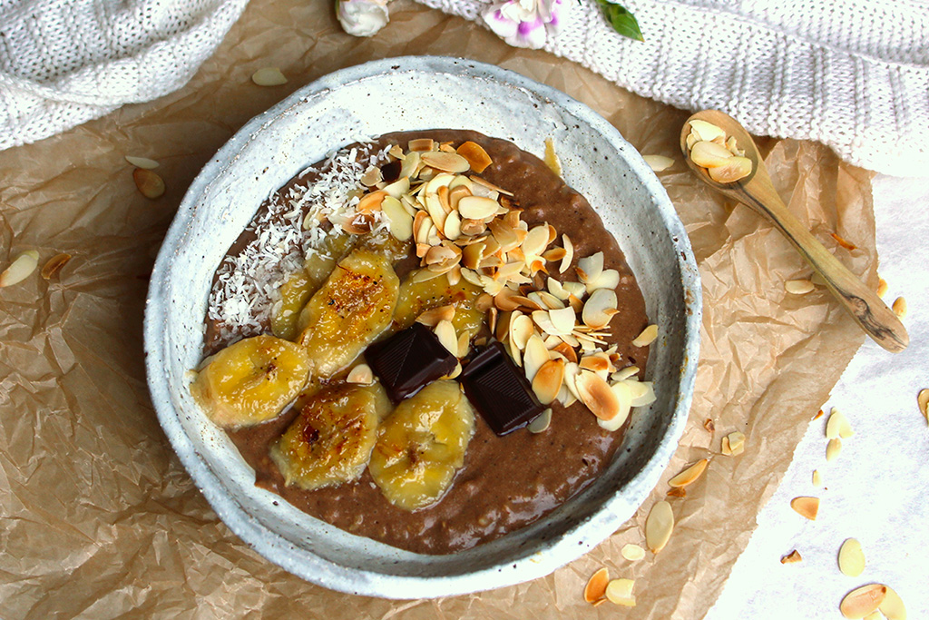 Brown Rice/Teff Chocolate Porridge with fried bananas