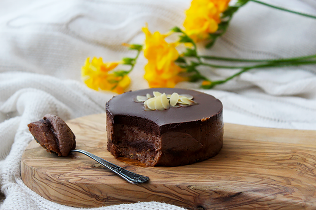 Raw-Chocolate-Almond-Mini-Cakes4