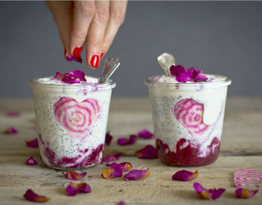 Raspberry ripple chia pudding22