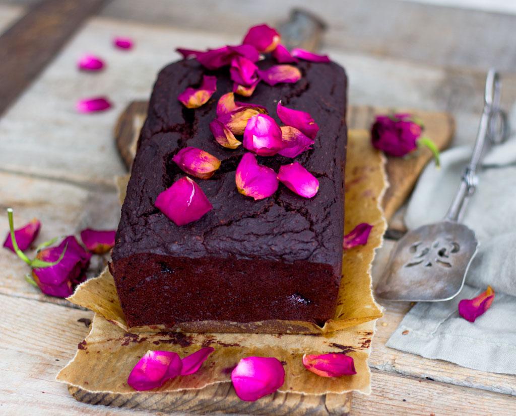 Chocolate-Brownie-Blueberry-Cake00