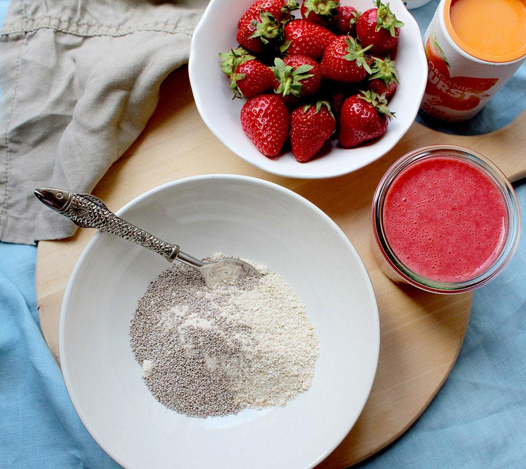 Strawbery-Overnight-Oats1