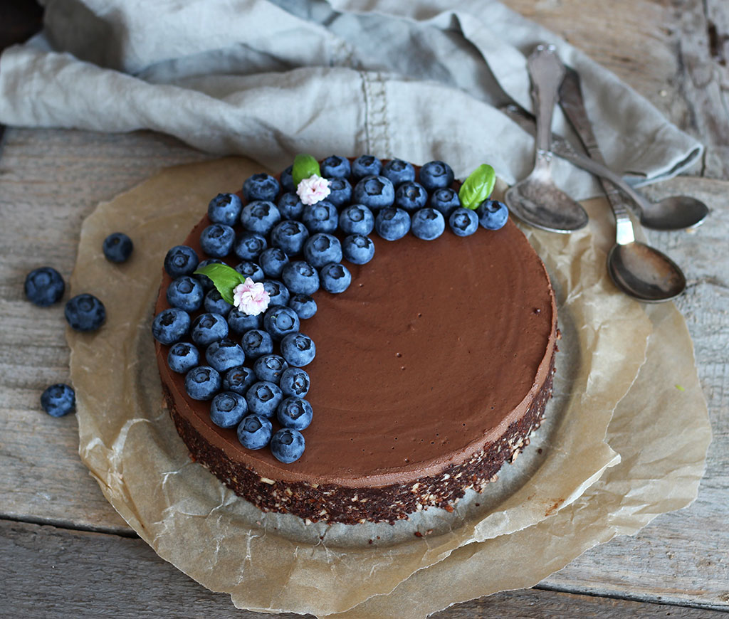 Double-Chocolate-Raw-Cake1