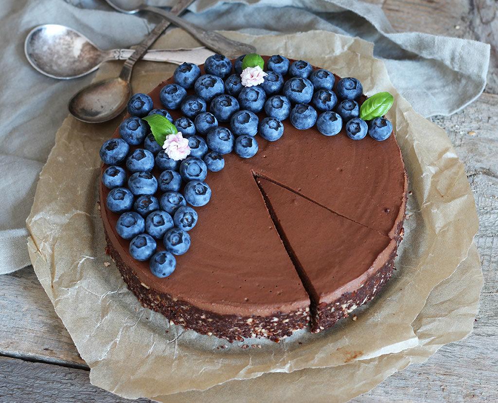Double-Chocolate-Raw-Cake4