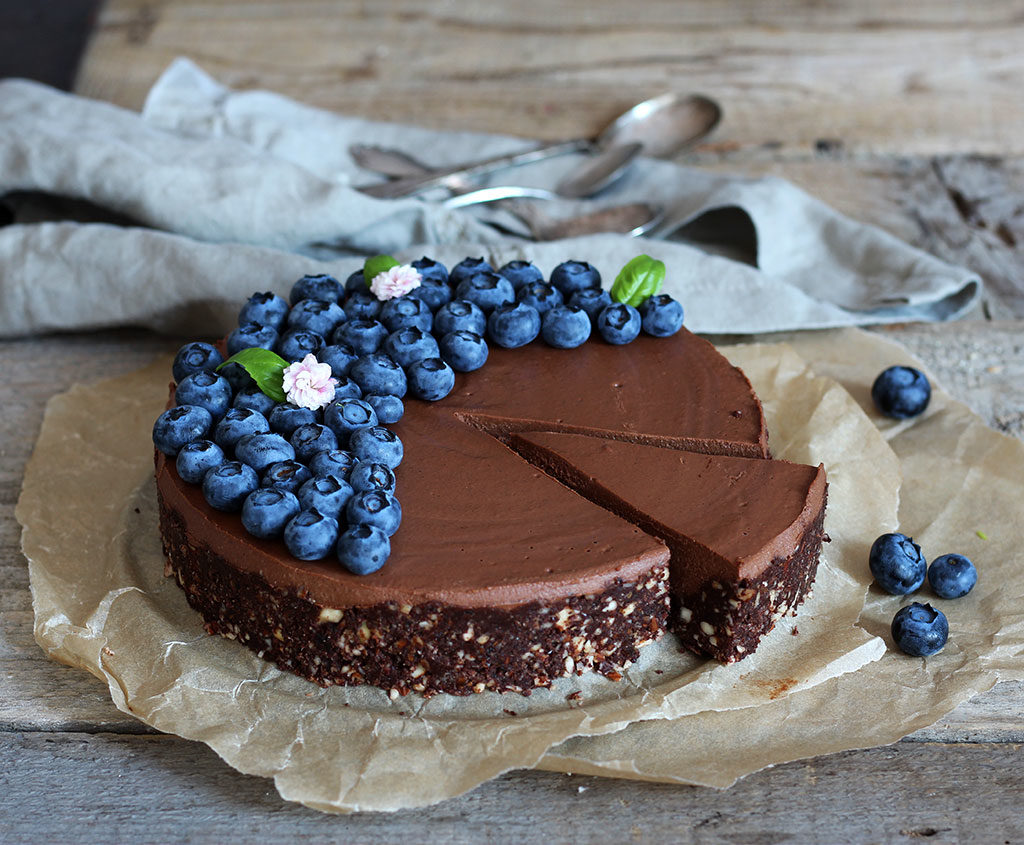 Double-Chocolate-Raw-Cake6