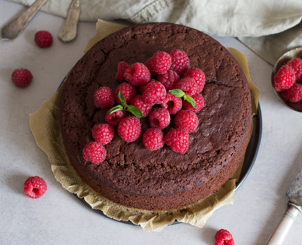 Vegan-Chocolate-sponge-cake33-
