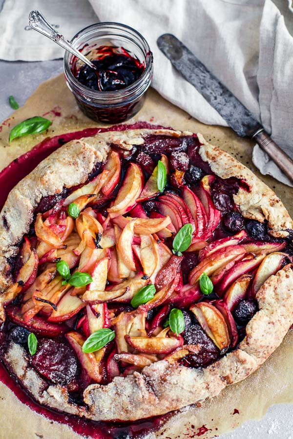 Gluten Free Vegan Peach Blueberry Galette3, Maja Brekalo