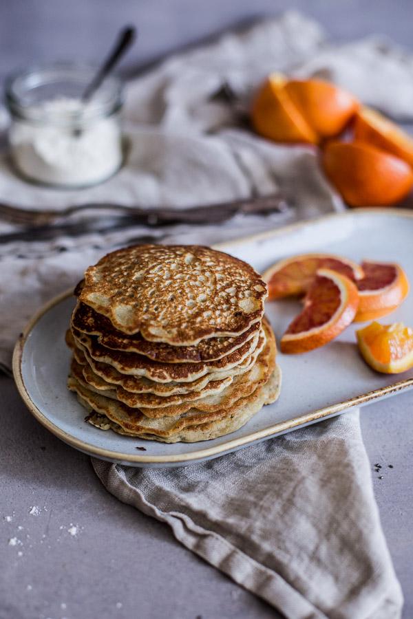Fluffy Vegan Pancakes, healthy and wheat free, refined sugar free, Maja Brekalo