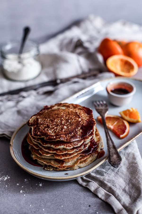 Fluffy Vegan Pancakes, healthy and wheat free, refined sugar free, Maja Brekalo