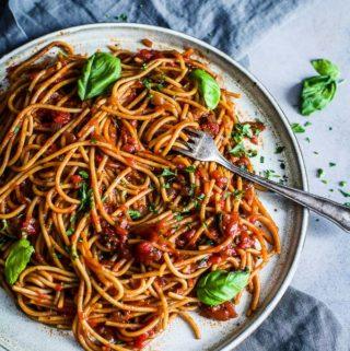 Lentil Spaghetti with Smokey Tomato Sauce2