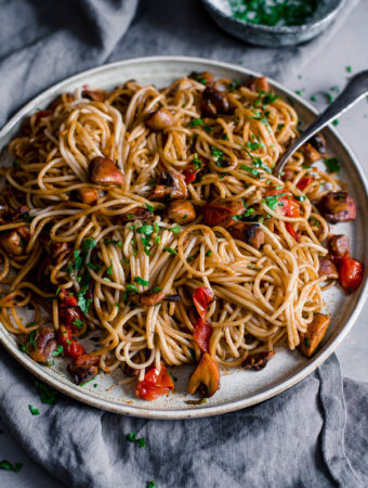 Super Simple Mushroom Pasta, gluten free, vegan, Maja Brekalo