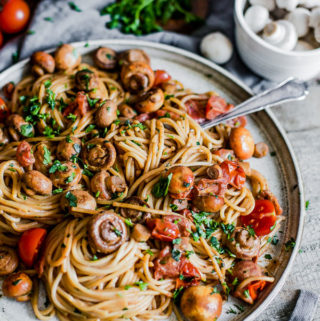 Mushroom Baby Tomato Pasta, vegan, Maja Brekalo