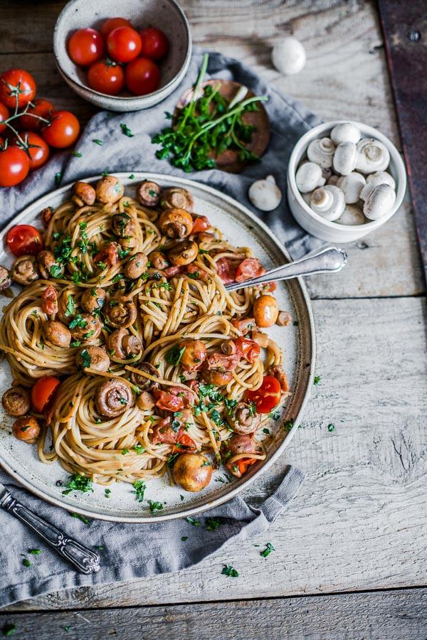 Baby Tomato Mushroom Pasta, vegan, Maja Brekalo