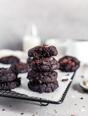 Black Bean Chocolate Cookies, flourless and vegan, Maja Brekalo