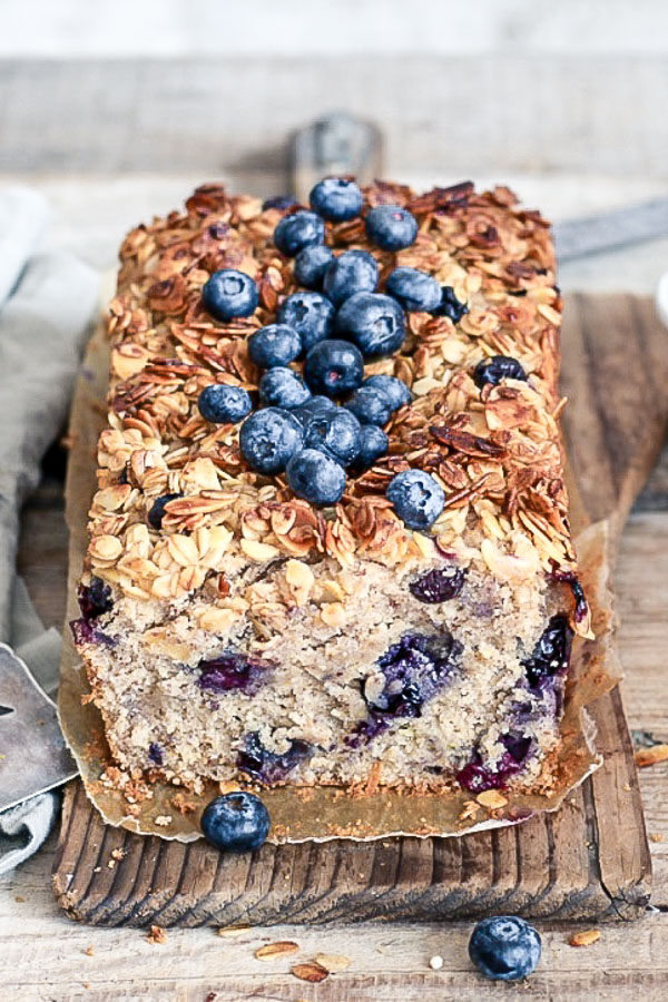 Blueberry Lemon Vanilla Cake, vegan, refined sugar free, Maja Brekalo