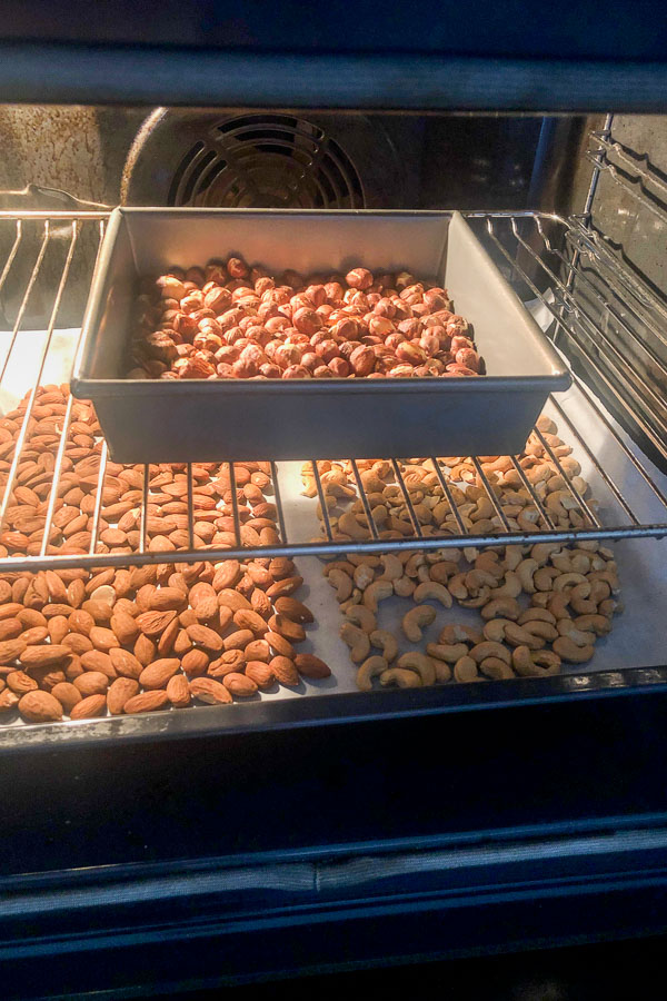 Roasting almonds, hazelnuts and cashews