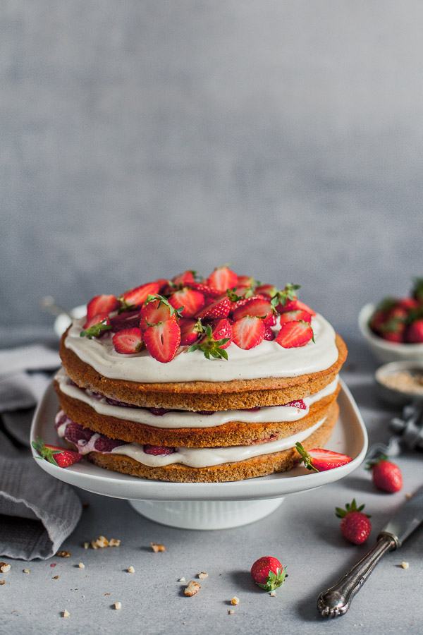 Vegan Strawberry Layer Cake, wheat free, Maja Brekalo
