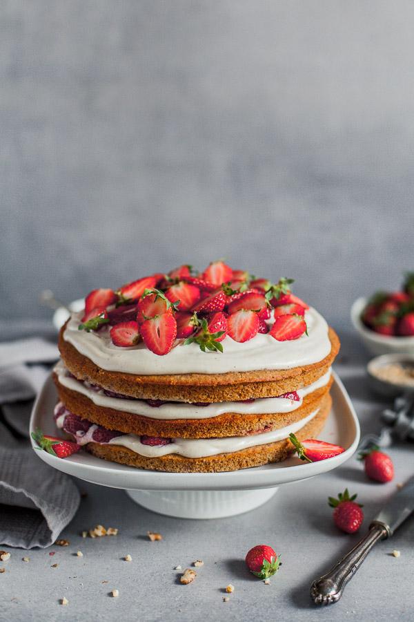 Vegan Strawberry Layer Cake, wheat free, Maja Brekalo