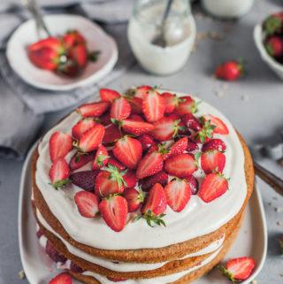 Vegan Strawberry Layer Cake with cashew vanilla frosting Maja Brekalo