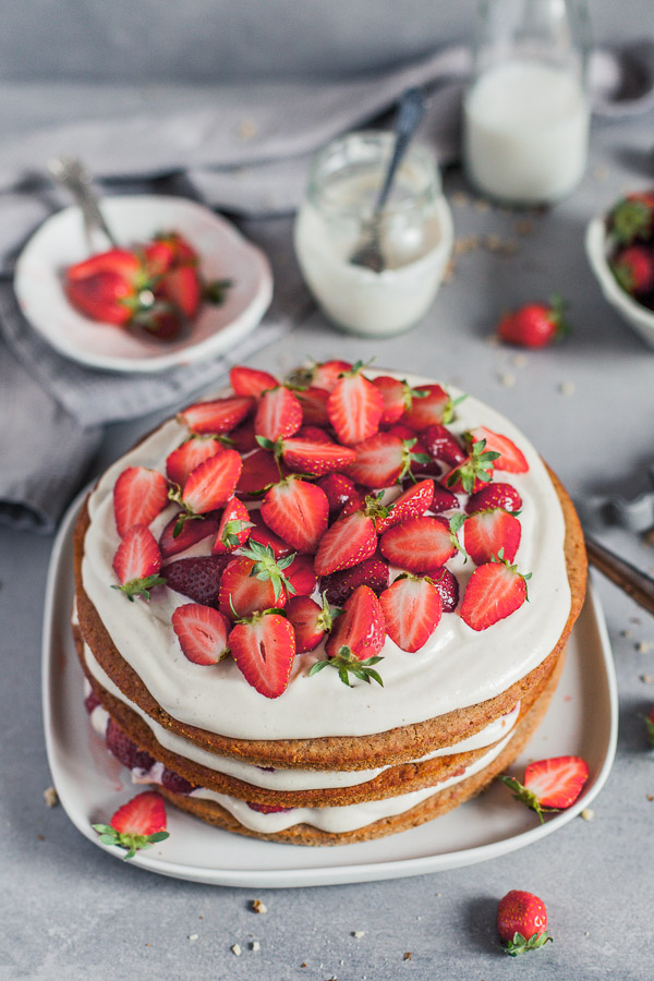 Vegan Strawberry Layer Cake with cashew vanilla frosting Maja Brekalo