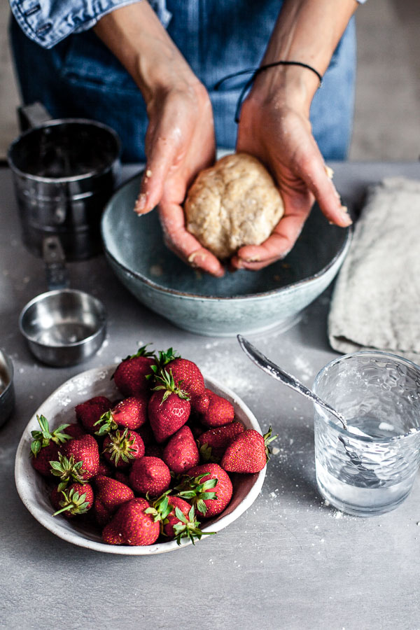 Making of strawberry galette, the shaped dough, Maja brekalo