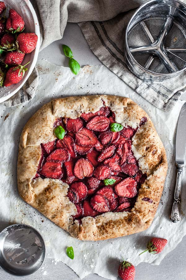 Rustic Vegan Strawberry Galette on a gray surface, Maja Brekalo