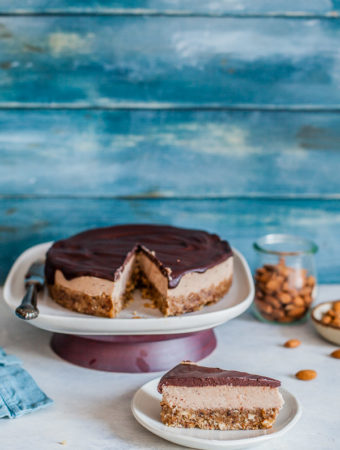 chestnut-cake-slice-Maja-Brekalo