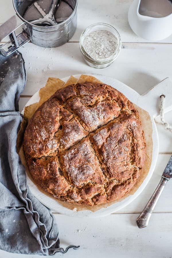 vegan-no-yeasty-bread-with-walnuts-maja-brekalo
