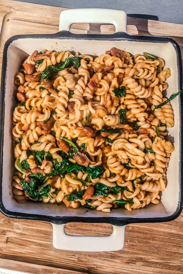 Pasta-with-beans-and-spinach-ready-for-baking-maja-brekalo